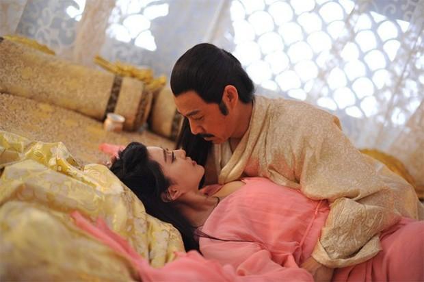 Giữa hàng ngàn mỹ nữ trong tam cung lục viện, Hoàng đế chọn người để ân ái bằng cách nào? - Ảnh 4.