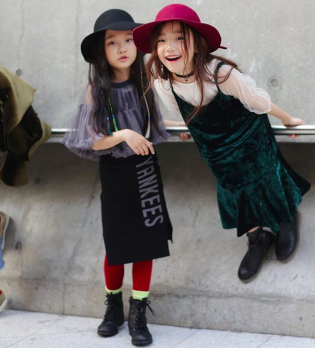 Cứ mỗi mùa Seoul Fashion Week đến, dân tình lại chỉ ngóng xem street style vừa cool vừa yêu của những fashionista nhí này - Ảnh 32.