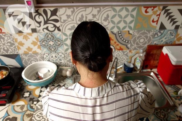 Phận bạc người phụ nữ cả đời làm osin (P2): Vỡ mộng ở Dubai, làm việc 22/24, cả ngày chỉ ăn 1 bữa cơm thừa - Ảnh 5.