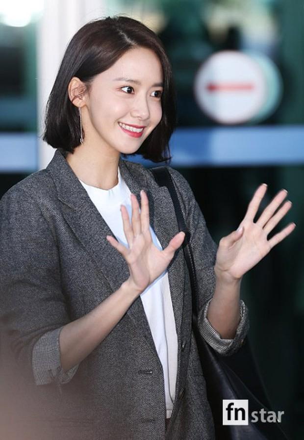 Có ai như Yoona và Lee Dong Wook, đi sân bay thôi cũng lung linh chẳng kém chụp hình tạp chí - Ảnh 6.