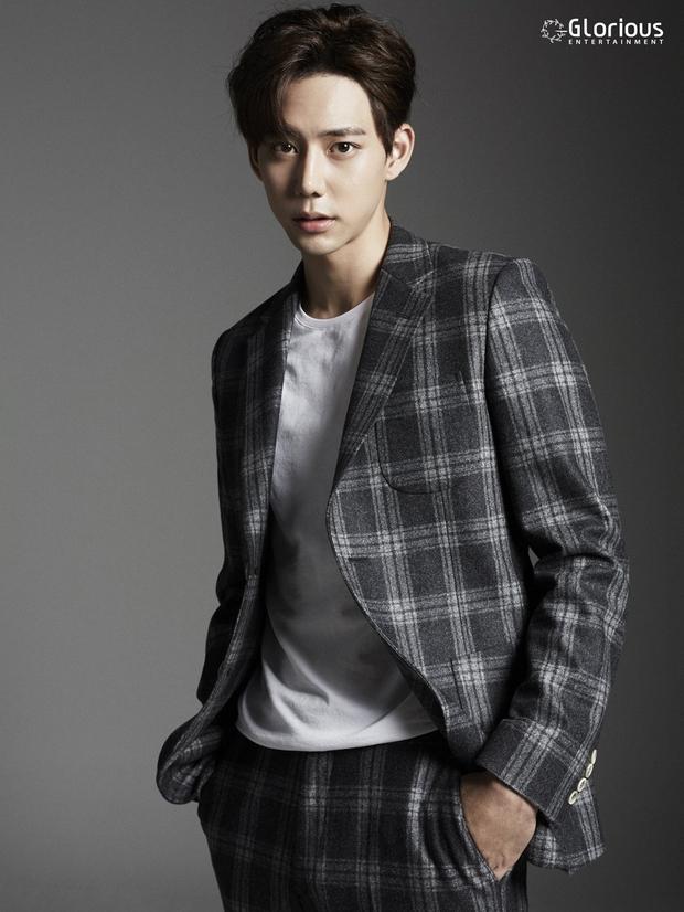 Tất tần tật về bạn diễn mỹ nam Hàn của Chi Pu: Mặt đẹp như Tây không góc chết, thân hình 6 múi vạn người mê - Ảnh 5.