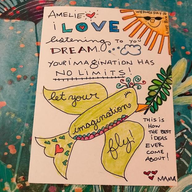 Câu chuyện đau lòng sau những bức thư màu sắc mẹ gửi cho con gái trong mỗi hộp cơm trưa - Ảnh 5.