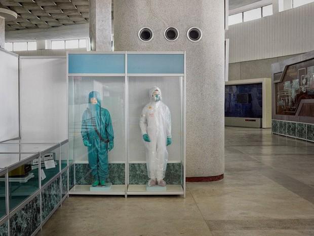 Bình Nhưỡng cô đơn, nhạt màu qua ống kính của nhiếp ảnh gia Hà Lan - Ảnh 5.