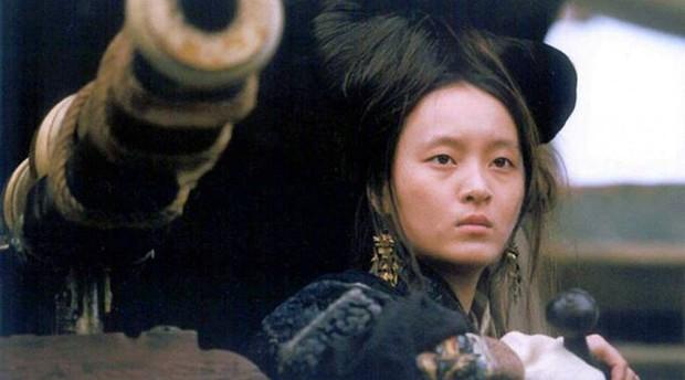 Nữ hoàng hải tặc khét tiếng nhất mọi thời đại: Cùng làm vợ của hai cha con, chỉ vì một câu hỏi mà hoàn lương - Ảnh 5.