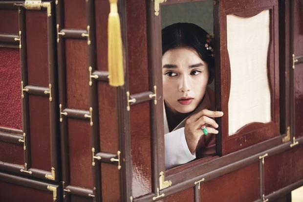 Khi nam chính phim Hàn còn… xinh gấp vạn lần nữ chính! - Ảnh 14.