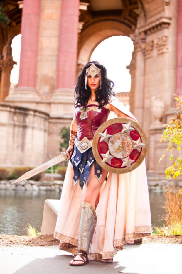 Ngắm dung nhan 14 cô gái cosplay Wonder Woman xinh lung linh như trong phim - Ảnh 11.