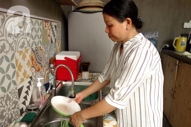 Phận bạc người phụ nữ cả đời làm osin (P2): Vỡ mộng ở Dubai, làm việc 22/24, cả ngày chỉ ăn 1 bữa cơm thừa - Ảnh 6.