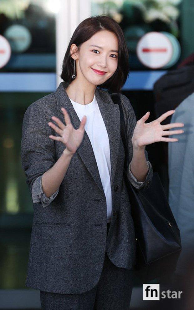 Có ai như Yoona và Lee Dong Wook, đi sân bay thôi cũng lung linh chẳng kém chụp hình tạp chí - Ảnh 7.