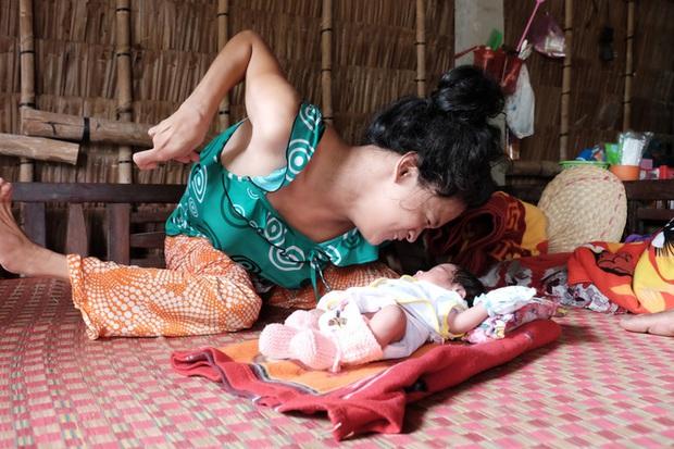 Cuộc sống đã có niềm vui của người mẹ điên sinh con gái vì bị hiếp dâm sau một tháng được mọi người giúp đỡ - Ảnh 6.