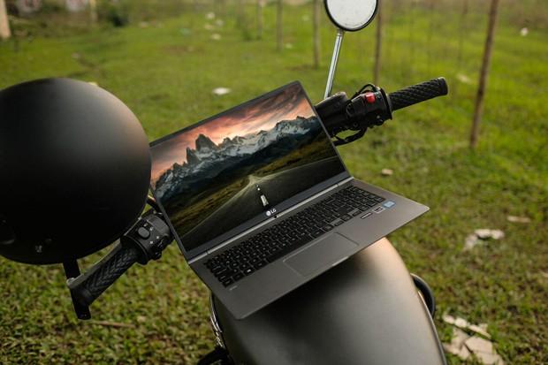 Chiêm ngưỡng những bức ảnh cực đẹp của giới trẻ với chiếc laptop mới ra mắt - Ảnh 6.