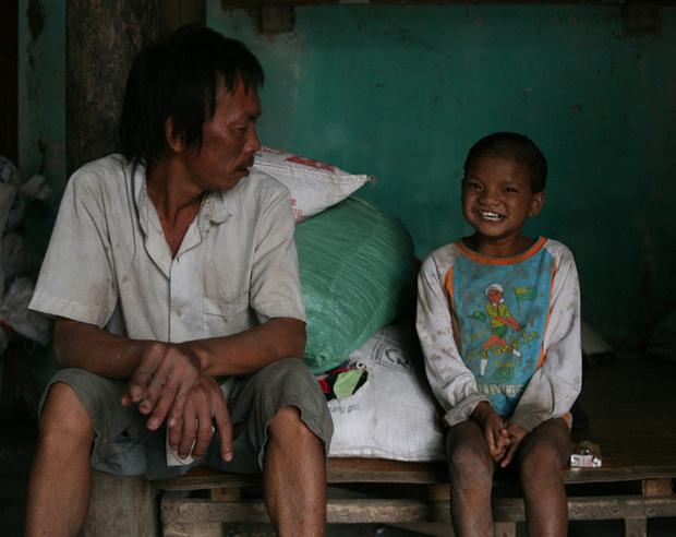 Hà Nội: Tận cùng nỗi đau, sự khốn khổ của một gia đình có nhiều người tâm thần - Ảnh 6.
