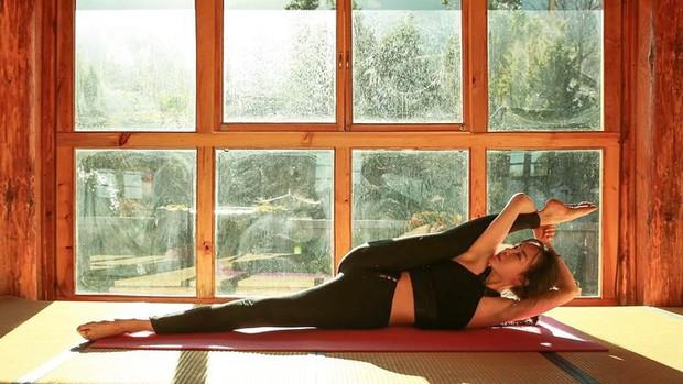Vẻ đẹp tựa thiên thần của cô giáo yoga đẹp nhất châu Á - Ảnh 6.