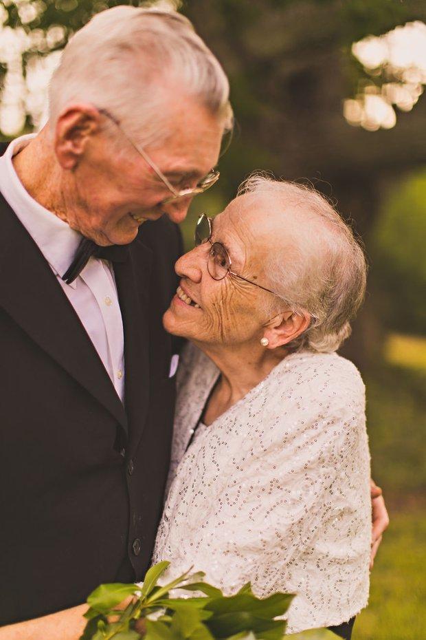 Mối tình già son sắt của cặp vợ chồng trong bộ ảnh kỉ niệm 65 năm ngày cưới khiến ai cũng thầm ao ước - Ảnh 7.