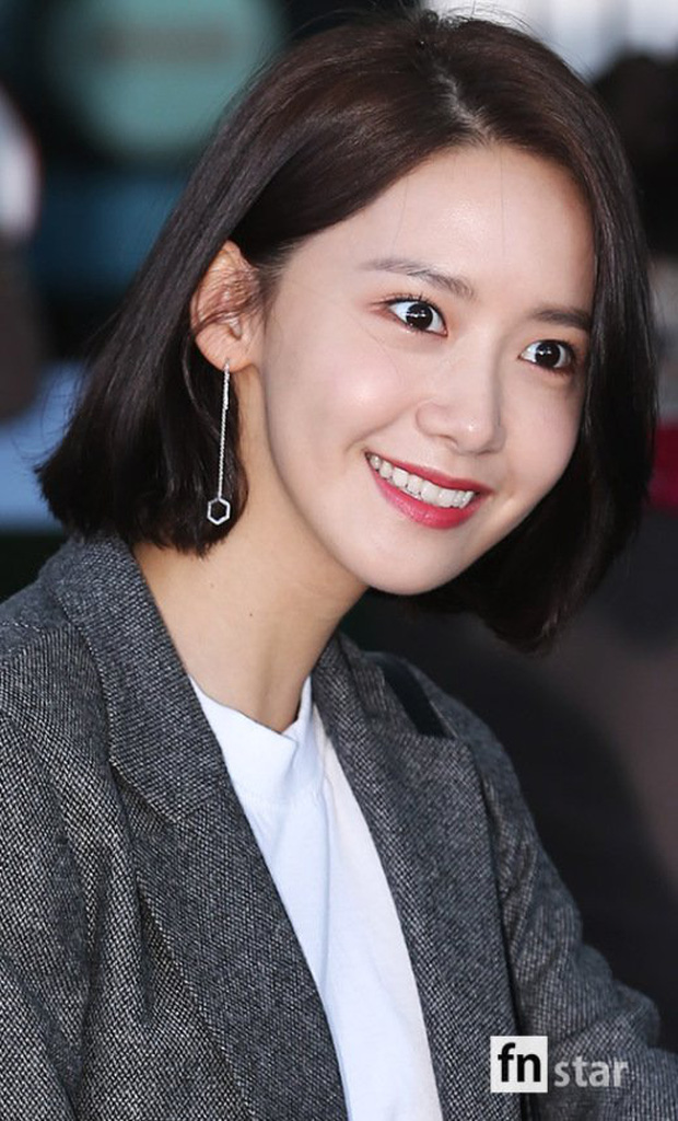 Có ai như Yoona và Lee Dong Wook, đi sân bay thôi cũng lung linh chẳng kém chụp hình tạp chí - Ảnh 8.