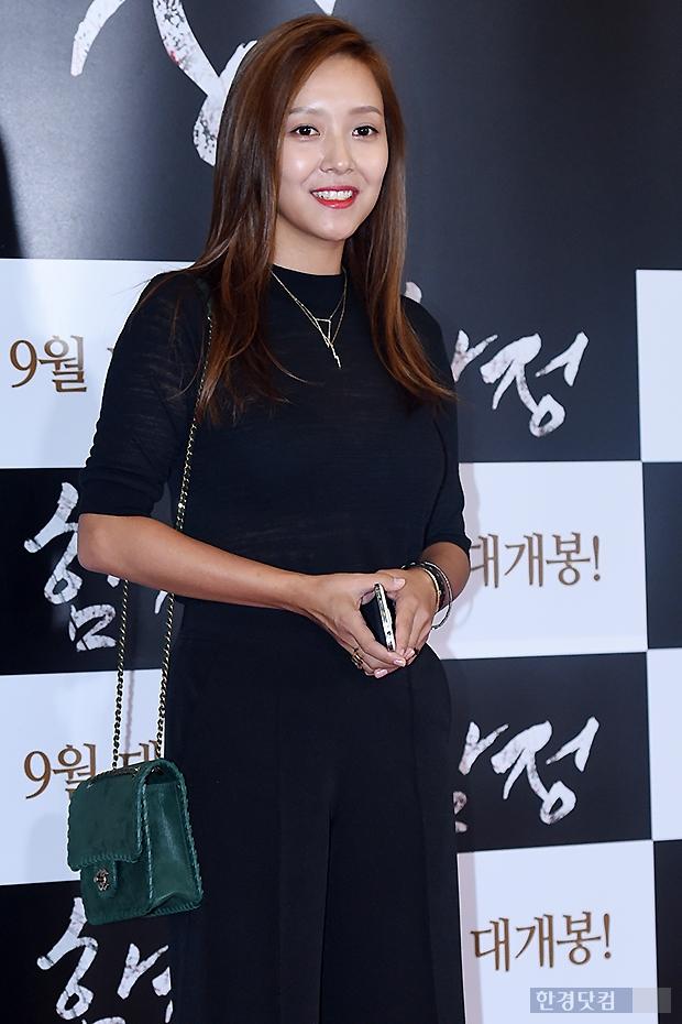Cuộc đời sao nữ Hàn: Người sự nghiệp vang dội vẫn ế, kẻ sự nghiệp làng nhàng lấy được chồng đại gia - Ảnh 7.