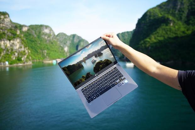 Chiêm ngưỡng những bức ảnh cực đẹp của giới trẻ với chiếc laptop mới ra mắt - Ảnh 7.
