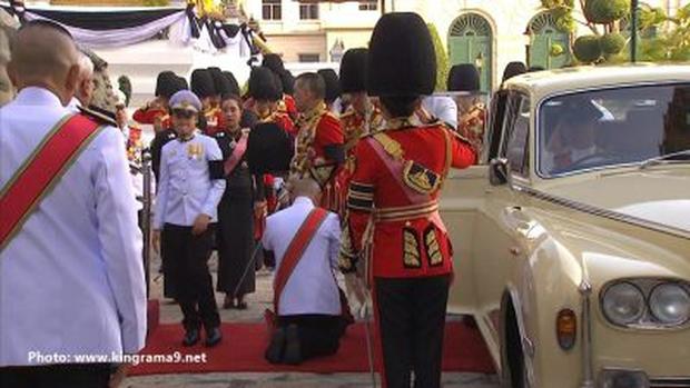 Thái Lan: Quân đội nấu ăn cho người dân đến viếng Quốc vương - Ảnh 7.