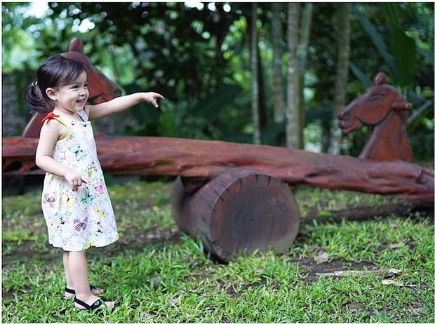 Chiêm ngưỡng vẻ đáng yêu của con gái mỹ nhân đẹp nhất Philippines - Ảnh 7.