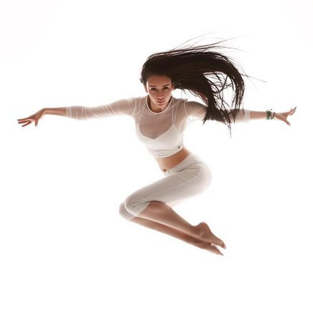 Vẻ đẹp tựa thiên thần của cô giáo yoga đẹp nhất châu Á - Ảnh 7.