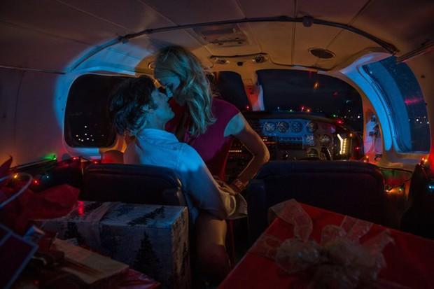 Đây là 8 cảnh nóng vô duyên nhất trên màn ảnh rộng năm 2017! - Ảnh 7.