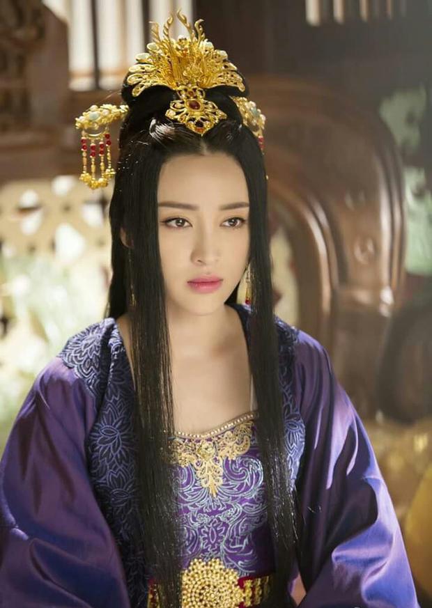 Cuộc đời ngang trái của Hoàng hậu bị chị gái từ mặt vì dan díu với anh rể, sau sa cơ phải hầu hạ bạo chúa - Ảnh 7.