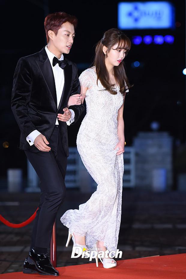 Thảm đỏ KBS Drama Awards: Kim Ji Won gây sốc.. vì quá đẹp, Jang Nara đọ sắc với Kim So Hyun và dàn chị đại không tuổi - Ảnh 7.