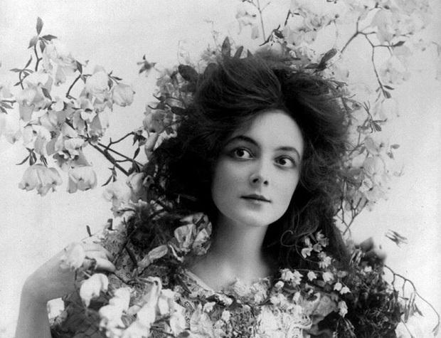 """Hình ảnh dung dị mà đẹp rạng ngời của 13 nàng """"quốc sắc thiên hương"""" từ 100 năm trước - Ảnh 8."""