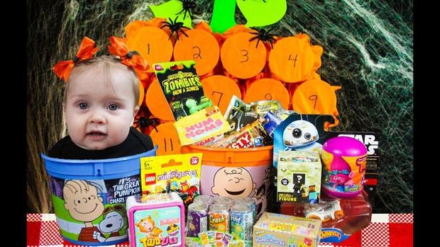 13 trò chơi Halloween kỳ cục, hài hước, ma mị dành cho cả gia đình trong ngày lễ hội ma quỷ 31/10 - Ảnh 8.