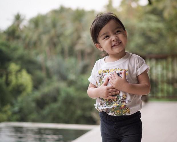 Chiêm ngưỡng vẻ đáng yêu của con gái mỹ nhân đẹp nhất Philippines - Ảnh 8.