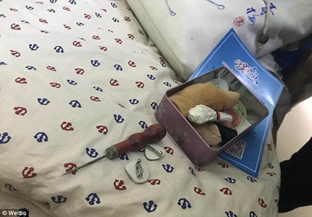Trung Quốc: Rúng động vụ trẻ em mầm non bị ép uống thuốc lạ, ngược đãi và lạm dụng tình dục - Ảnh 8.