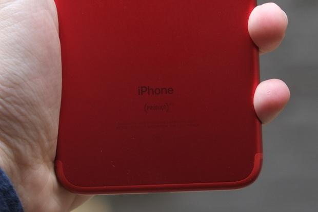 Mở hộp và trên tay iPhone 7 Plus đỏ đầu tiên tại Việt Nam, giá từ 25 triệu đồng - Ảnh 9.