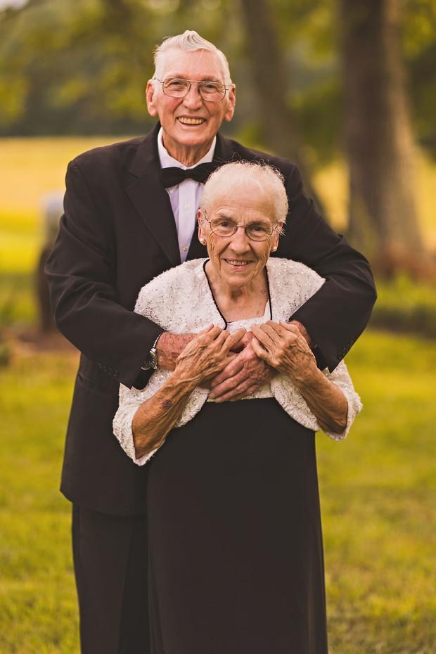 Mối tình già son sắt của cặp vợ chồng trong bộ ảnh kỉ niệm 65 năm ngày cưới khiến ai cũng thầm ao ước - Ảnh 9.