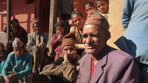 Nỗi đau đớn của phụ nữ Nepal trong kỳ kinh nguyệt: Không được ngủ tại nhà, có người chảy máu tới chết - Ảnh 4.