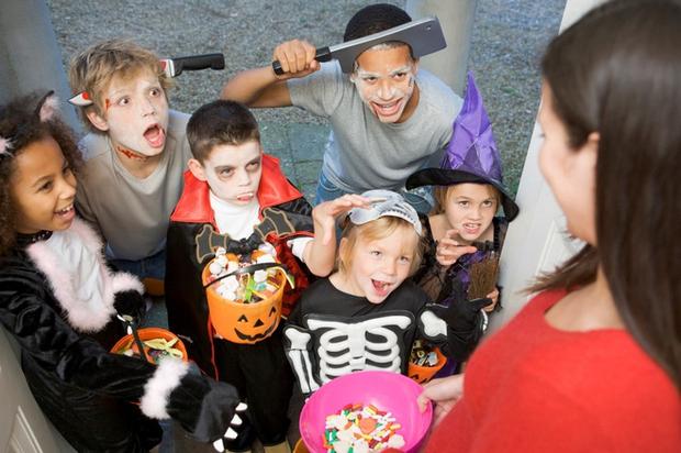 Những điều kỳ quái của lễ hội Halloween 31/10: Vì sao mèo đen bị cấm nhận nuôi dịp này? - Ảnh 9.