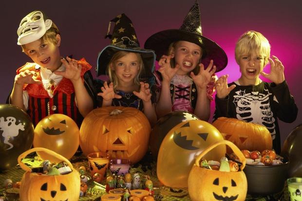 13 trò chơi Halloween kỳ cục, hài hước, ma mị dành cho cả gia đình trong ngày lễ hội ma quỷ 31/10 - Ảnh 9.