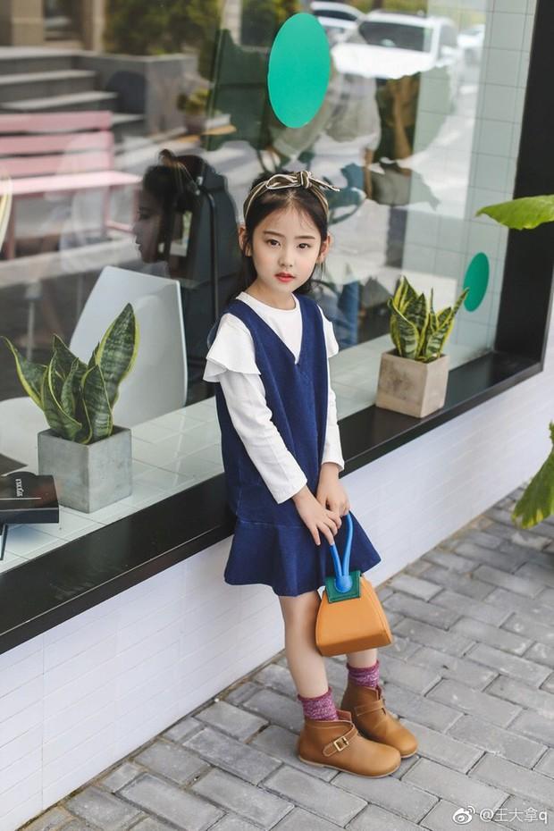 Tiểu tiên nữ có vẻ đẹp giống hệt Trương Bá Chi được dự đoán sẽ trở thành hot girl tương lai - Ảnh 9.
