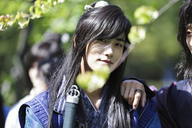 6 nam phụ được yêu thích nhất màn ảnh Hàn 2017 - Ảnh 9.