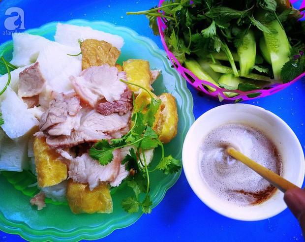 10 đặc sản nổi danh thế giới phải ủ đến bốc mùi, có giòi mới ăn ngon, Việt Nam cũng góp mặt 1 món - Ảnh 9.