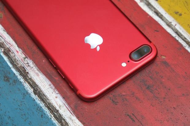 Mở hộp và trên tay iPhone 7 Plus đỏ đầu tiên tại Việt Nam, giá từ 25 triệu đồng - Ảnh 10.