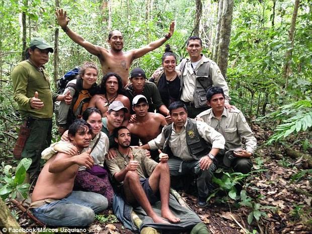 Lạc trong rừng rậm Amazon 9 ngày, người đàn ông sống sót nhờ bầy khỉ chỉ chỗ ăn và nước uống - Ảnh 3.