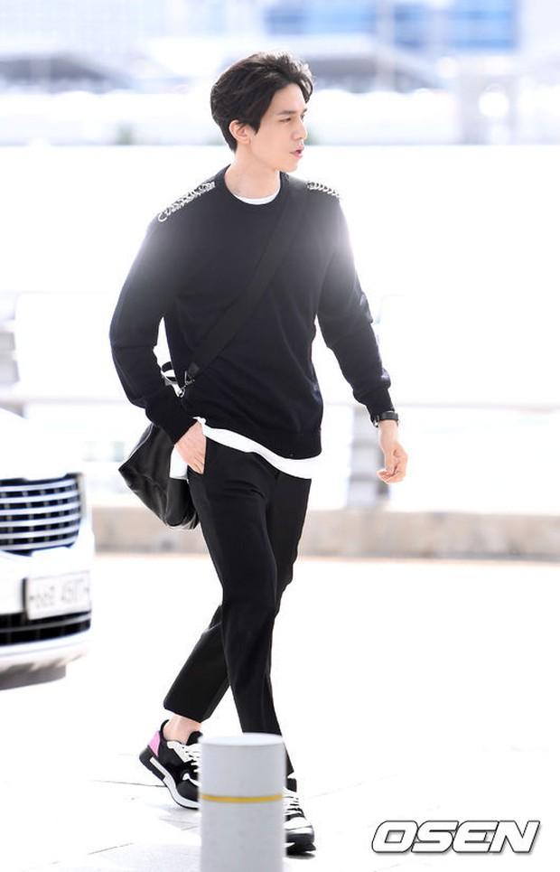 Có ai như Yoona và Lee Dong Wook, đi sân bay thôi cũng lung linh chẳng kém chụp hình tạp chí - Ảnh 11.