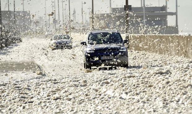 Hiện tượng thời tiết hiếm tới mức cả đời chưa chắc bạn được chứng kiến - Ảnh 10.