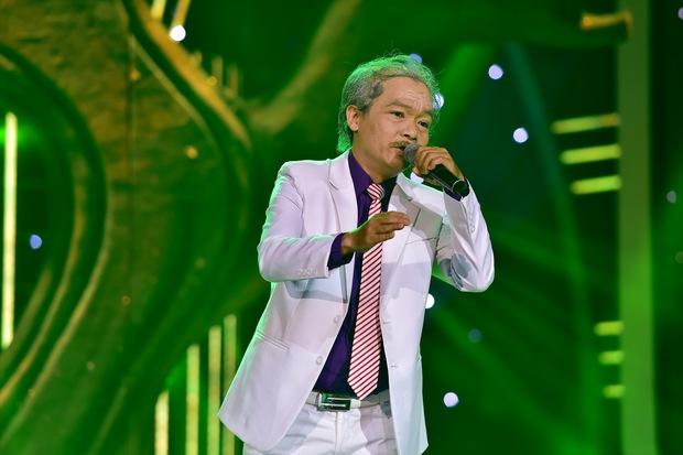 Bố Jun Phạm khóc trên sóng Gương mặt thân quen - Ảnh 5.