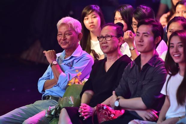 Bố Jun Phạm khóc trên sóng Gương mặt thân quen - Ảnh 3.