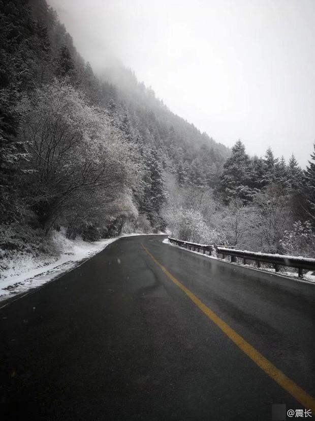 Quên Cửu Trại Câu lá vàng đi, thiên đường hạ giới mùa đông đẹp không khác gì chốn bồng lai tiên cảnh - Ảnh 10.