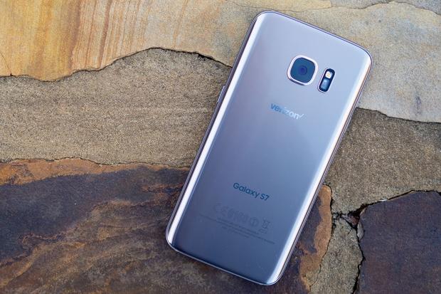 5 smartphone đáng mua có thời lượng pin tốt nhất hiện nay - Ảnh 4.
