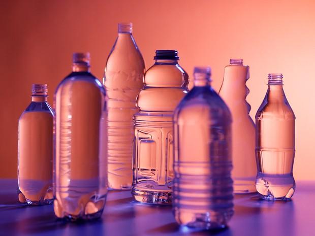 Phát minh ở thời hiện đại nhưng ai ngờ chai nhựa đựng nước đã giết người từ 5.000 năm trước - Ảnh 1.