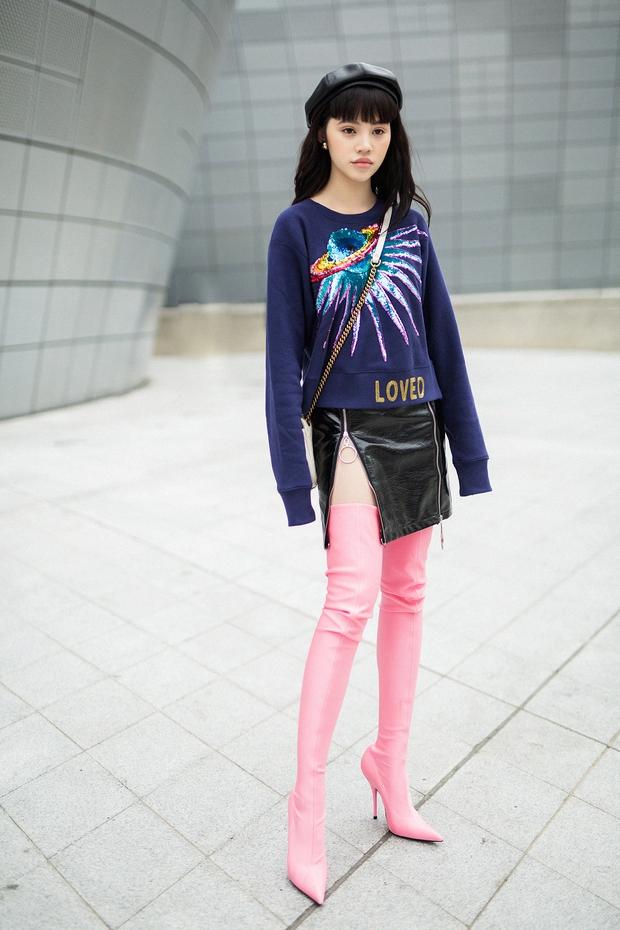 Châu Bùi, Phí Phương Anh, Jolie Nguyễn dắt nhau vào list những người mặc đẹp nhất Seoul Fashion Week của tạp chí Vogue - Ảnh 4.