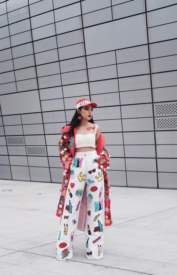 Châu Bùi, Phí Phương Anh, Jolie Nguyễn dắt nhau vào list những người mặc đẹp nhất Seoul Fashion Week của tạp chí Vogue - Ảnh 6.