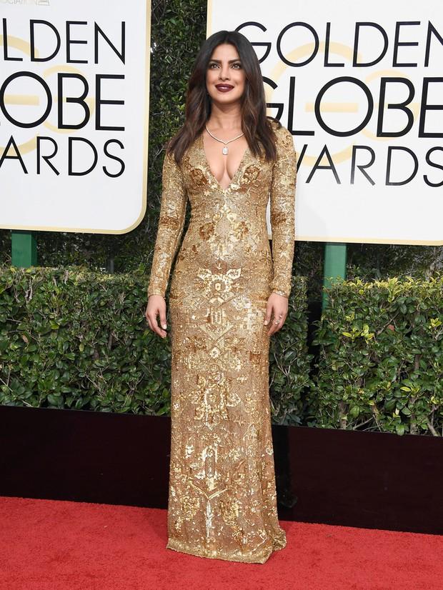 Thảm đỏ Quả Cầu Vàng 2017: Lily Collins đẹp như công chúa, đánh bật dàn Hoa hậu, mỹ nhân Hollywood - Ảnh 7.